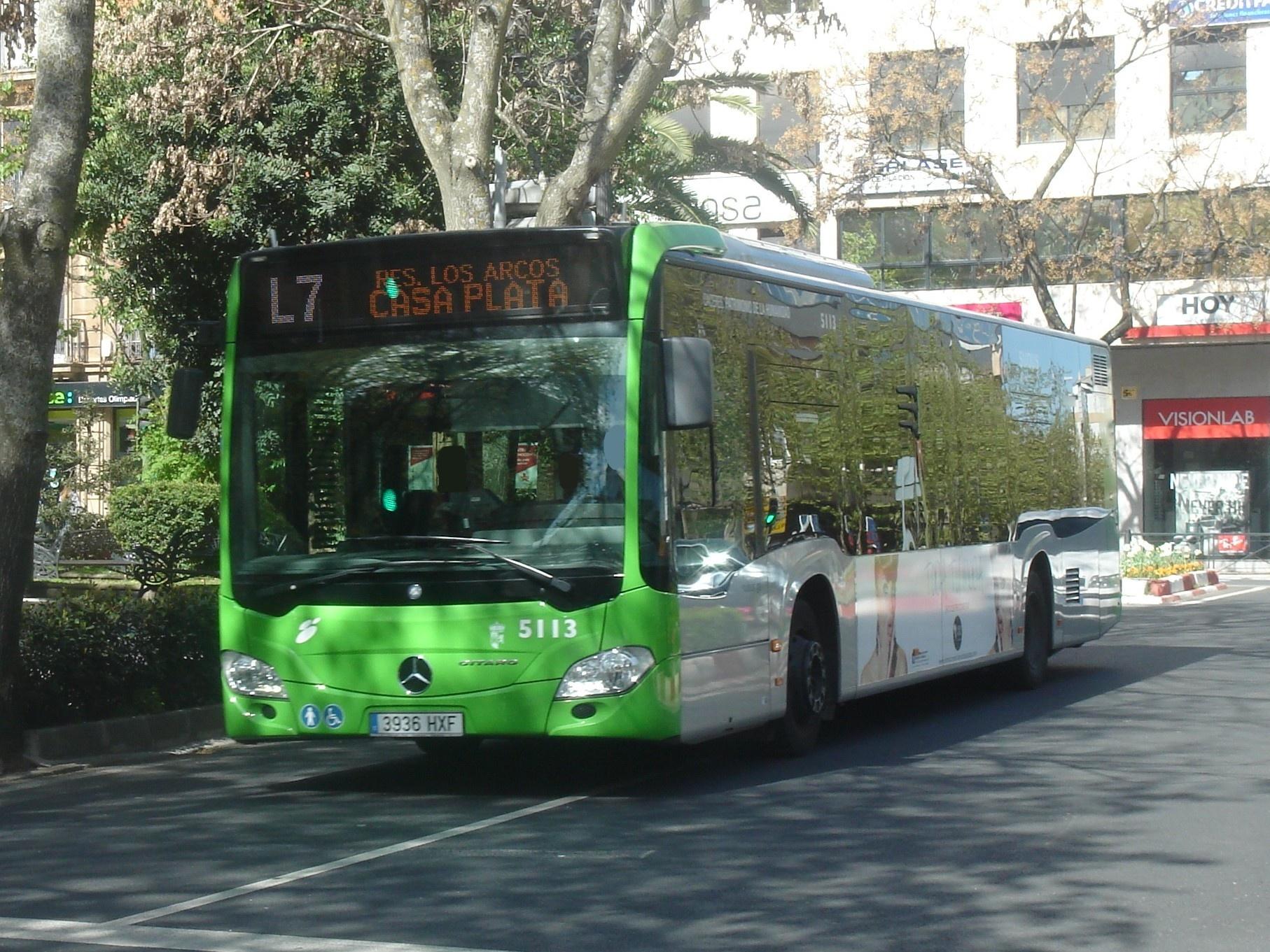 Renovaci n de la red y flota de autobuses urbanos de for Pisos nuevos en caceres