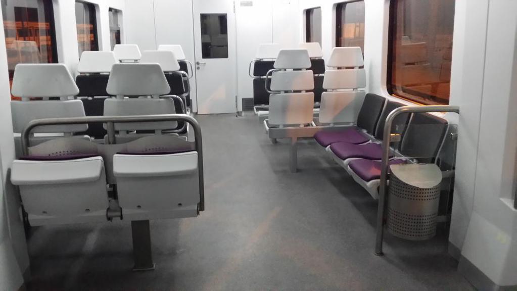 Viajeros al tren ver tema renfe 446 for Interiores de caravanas reformadas