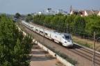 Todos los trenes de Alta Velocidad de Renfe tendrán enchufes en 2018